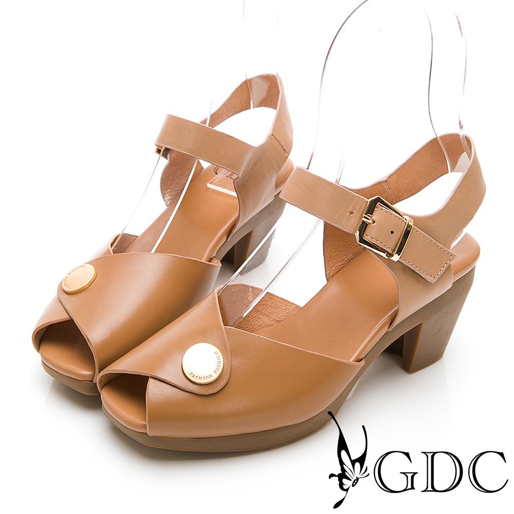 GDC-真皮日雜小金扣典雅魚口中跟涼鞋-棕色