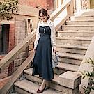 iMODA STAR-臧芮軒。純色斜排釦細肩帶傘襬長洋裝