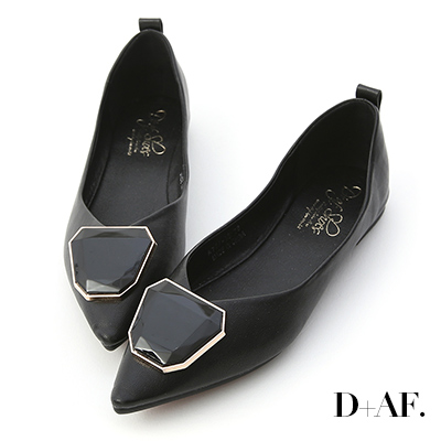 D+AF 絕美風格.多角形釦飾尖頭娃娃鞋*黑