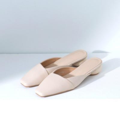 Grace gift-方頭斜口圓跟穆勒鞋 米白