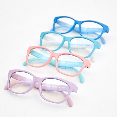 日本Ku Ku Walk 抗藍光眼鏡(小童3-6歲)
