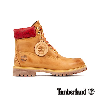 Timberland 男款小麥色磨砂革圖騰紅領經典6吋靴|A244Z