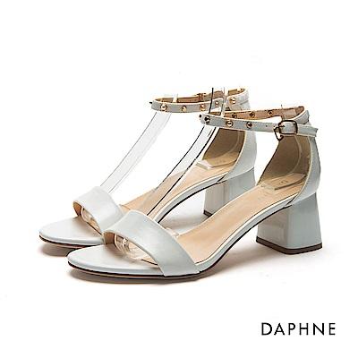 達芙妮DAPHNE 涼鞋-珍珠鉚釘粗跟一字涼鞋-白