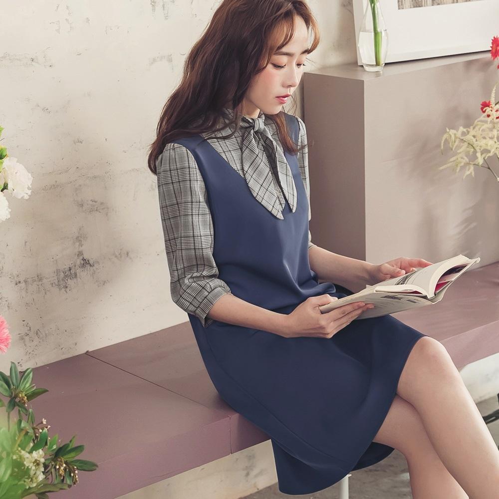 iMODA STAR-配色格紋假兩件海軍風領巾七分袖洋裝