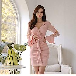 IMStyle 名媛抓皺荷葉邊喇叭袖連身洋裝(淡粉色)