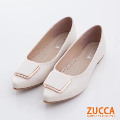 ZUCCA-方型釦尖頭低跟包鞋-白-z6712we