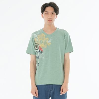 BIG TRAIN 加大狂龍家徽竹節棉V領男T-男-灰綠