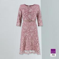 ILEY伊蕾 優雅蕾絲花卉刺繡收腰洋裝(紫)