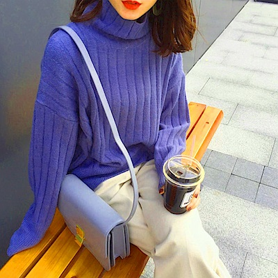 La Belleza素色立領粗坑條包心紗針織毛衣