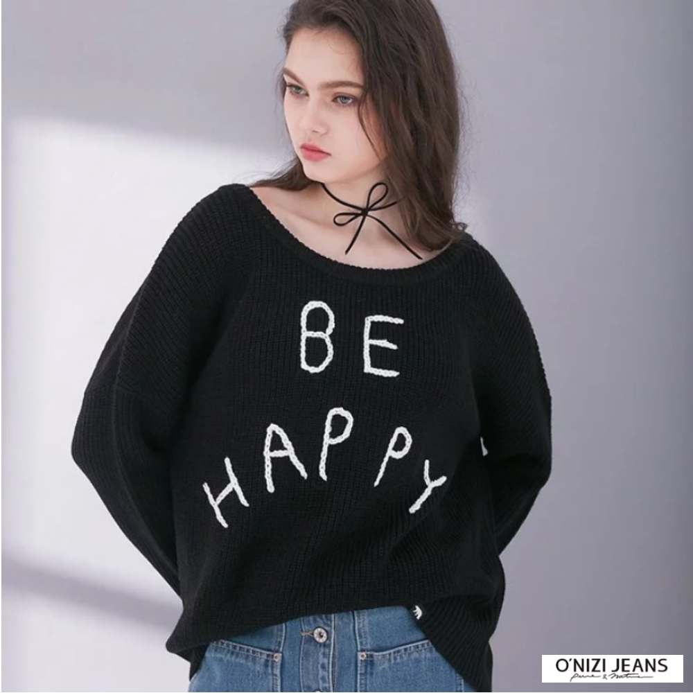 ONIZI 繡字寬版毛衣-女-黑