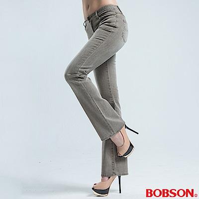 BOBSON 超低腰雙向結紗伸縮小喇叭褲-淺咖