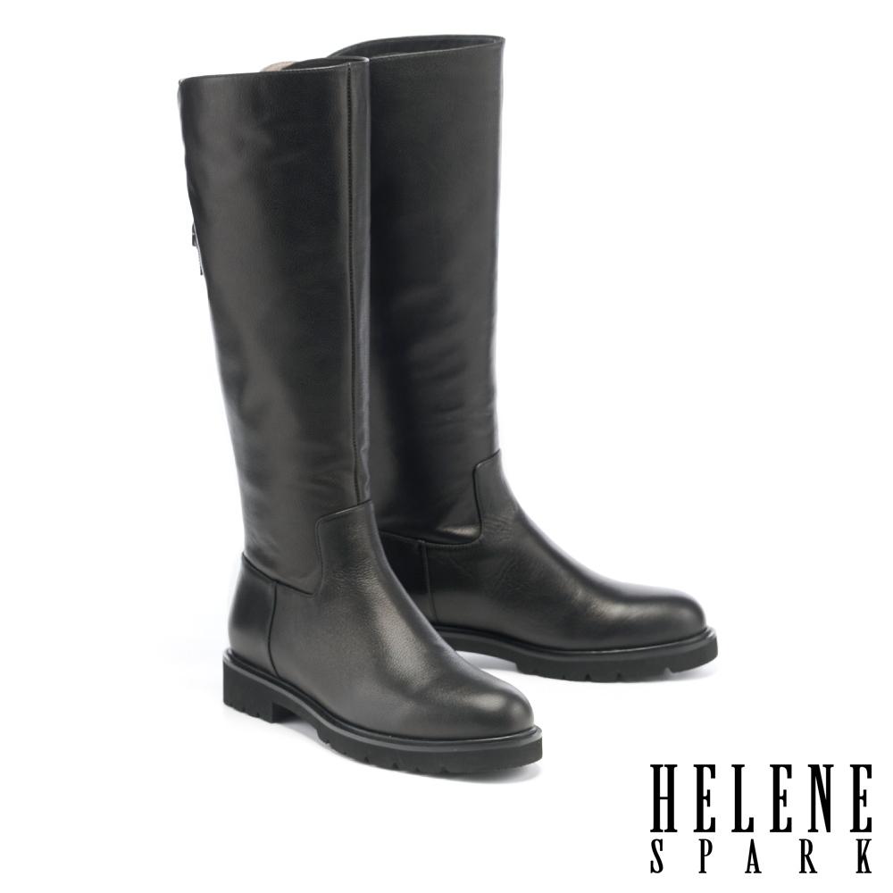 長靴 HELENE SPARK 簡約率性後交叉造型全真皮低跟長靴-黑
