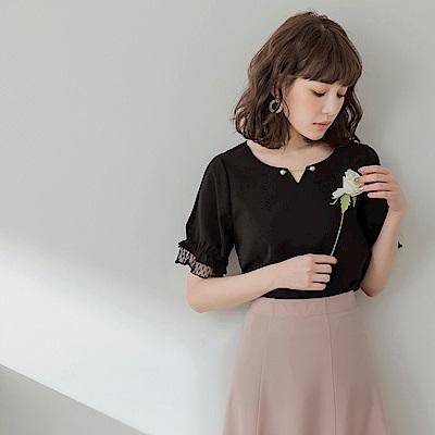 微奢華珍珠領口層次蕾絲袖不易皺雪紡涼爽上衣-OB嚴選