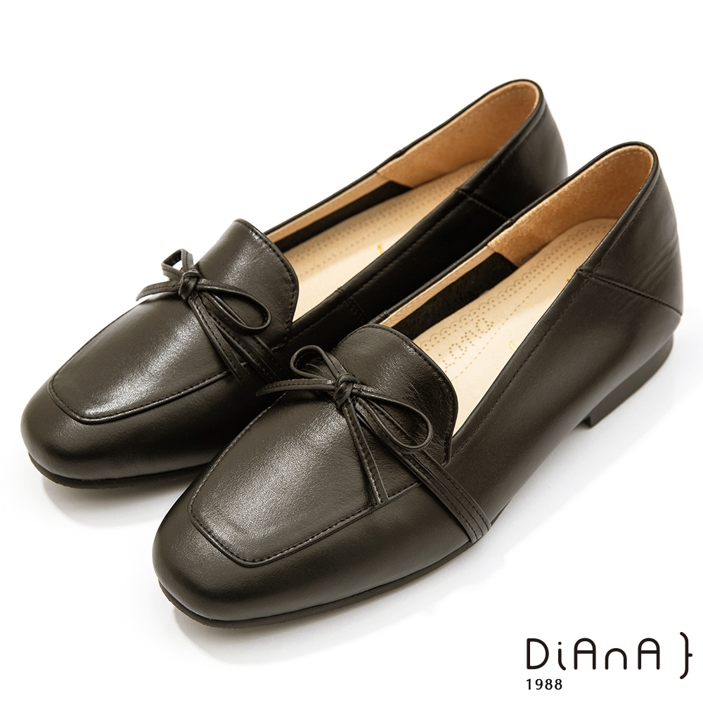 DIANA 1.5 cm質感牛皮蝴蝶結低跟樂福鞋-漫步雲端焦糖美人-黑巧克