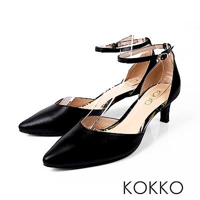 KOKKO - 花在盛開時手工尖頭踝帶中跟鞋-風姿黑