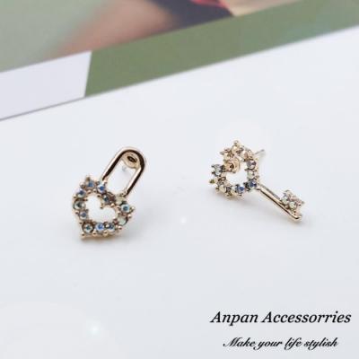 【Anpan 愛扮】韓東大門ins鑰匙打開少女心不對稱925銀針耳釘式耳環
