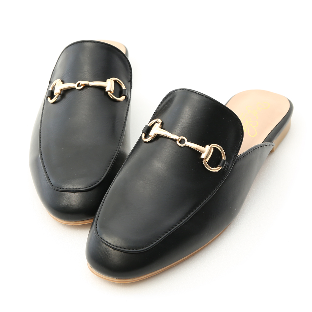 D+AF 經典潮流.質感馬銜釦平底穆勒鞋*黑