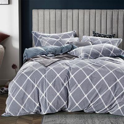 羽織美 大方時尚 雕花水晶絨加大鋪棉床包被套組