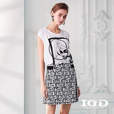IGD英格麗 普普風格印花落肩上衣-白色