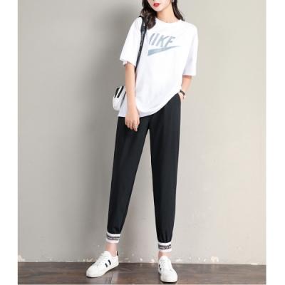 2F韓衣-鬆緊腰運動風拼接造型縮口褲-2色-(S-2XL)