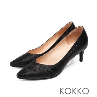 KOKKO經典尖頭壓紋羊皮金屬環高跟鞋質感黑