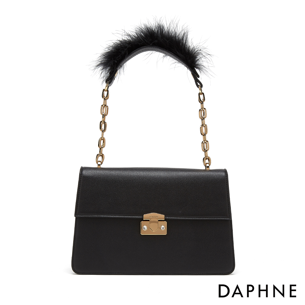達芙妮DAPHNE-甜美毛茸佐哥德風情鍊環小方包-黑色