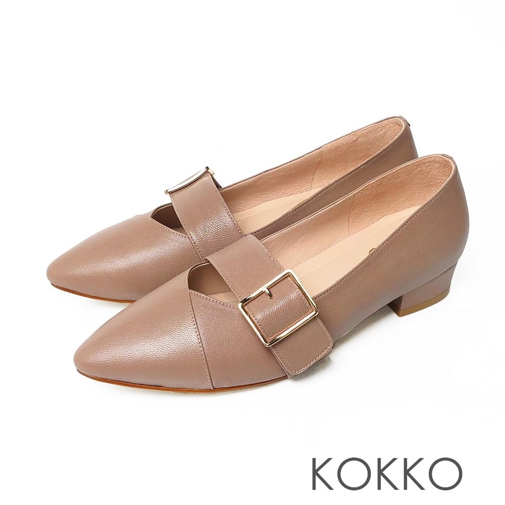 KOKKO經典尖頭柔軟感羊皮可調節飾帶粗跟鞋中性灰