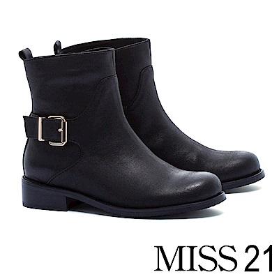 短靴 MISS 21 經典率性歐美街頭風單釦仿舊皮革布粗跟短靴-黑