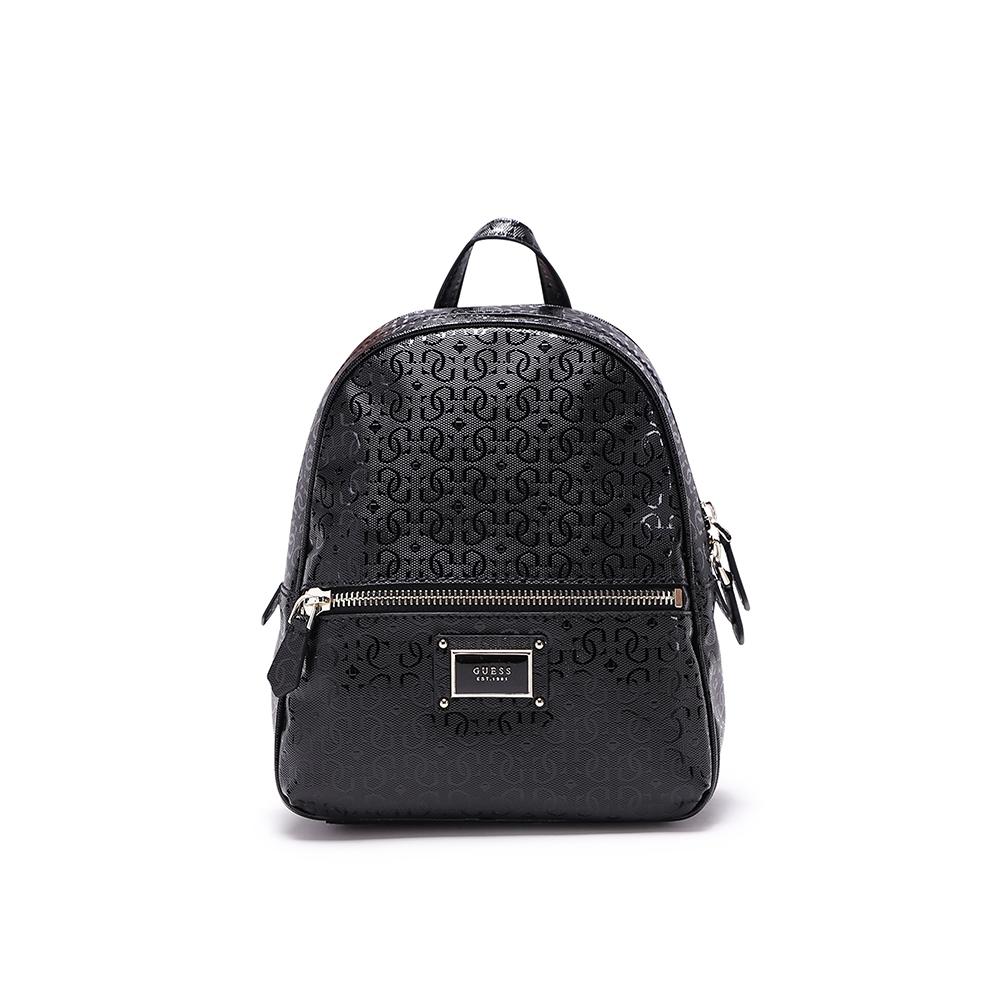 GUESS-女包-亮面滿版字母logo後背包-黑