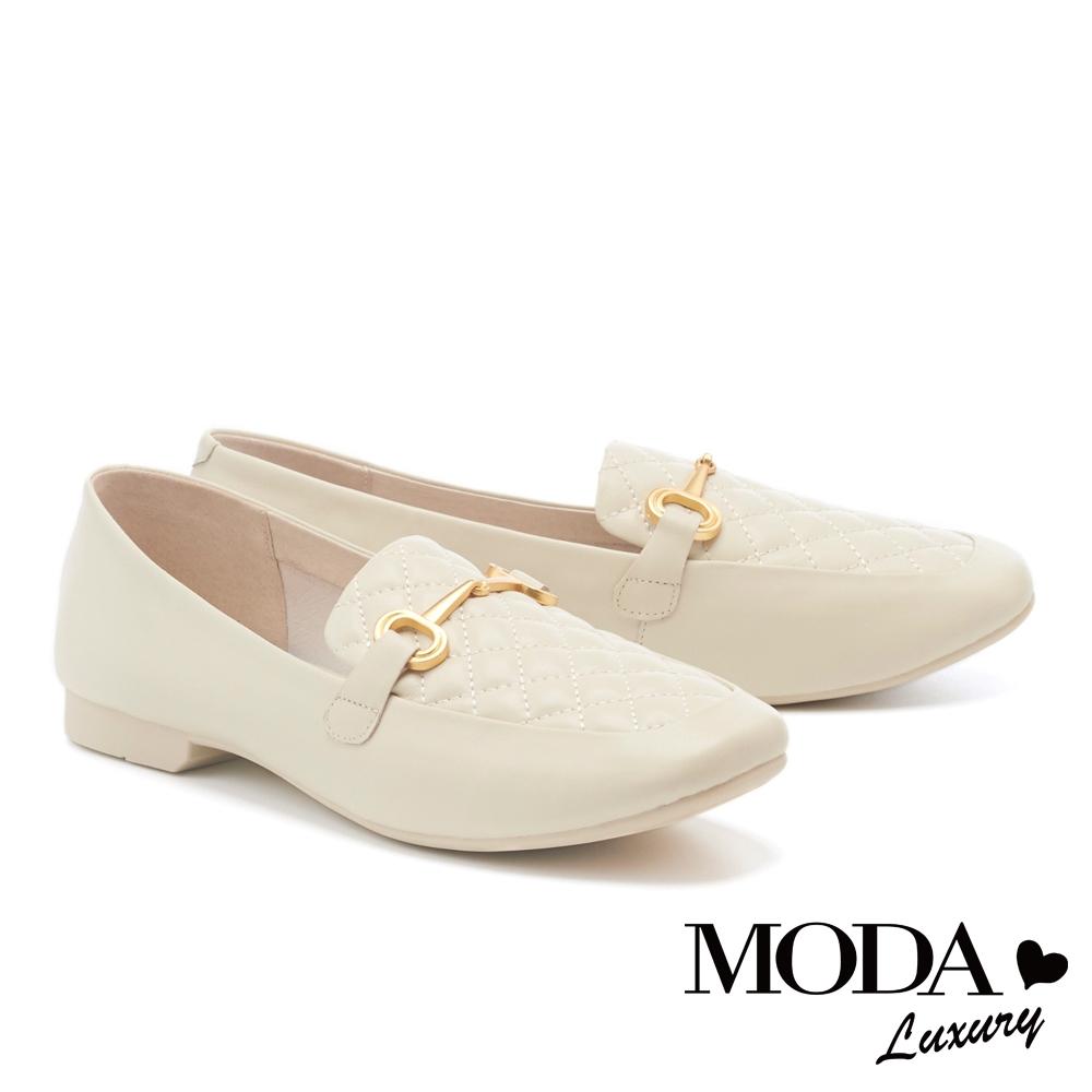 低跟鞋 MODA Luxury 經典知性菱格紋羊皮樂福低跟鞋-白
