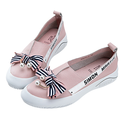 Robinlo & Co.甜美珍珠蝴蝶結牛皮平底休閒鞋 粉色