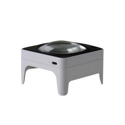 Smolia Square 日本品牌LED充電式調光放大鏡