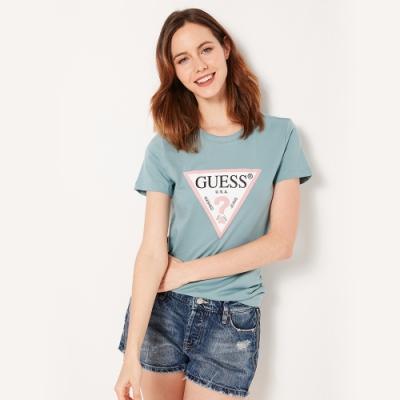 GUESS-女裝-跳色經典倒三角logo短T-藍