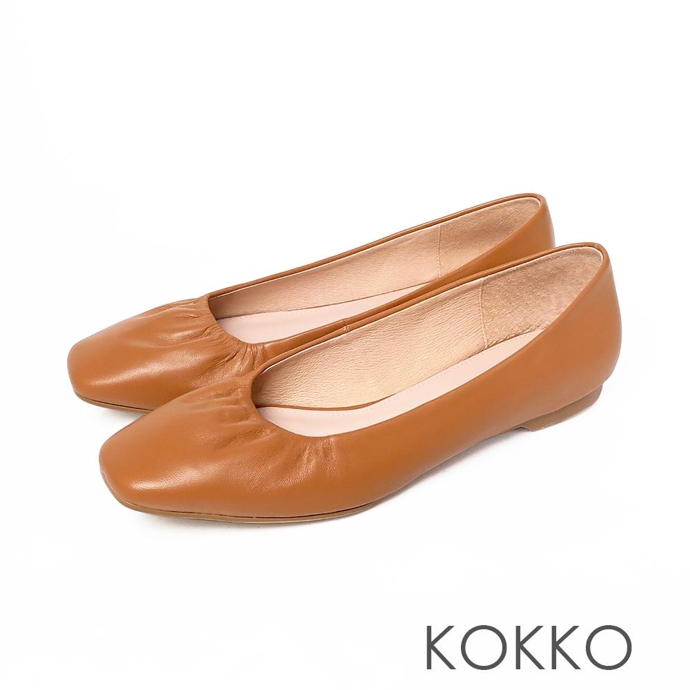 KOKKO超柔軟綿羊皮方頭平底雲朵鞋 - 奶茶色