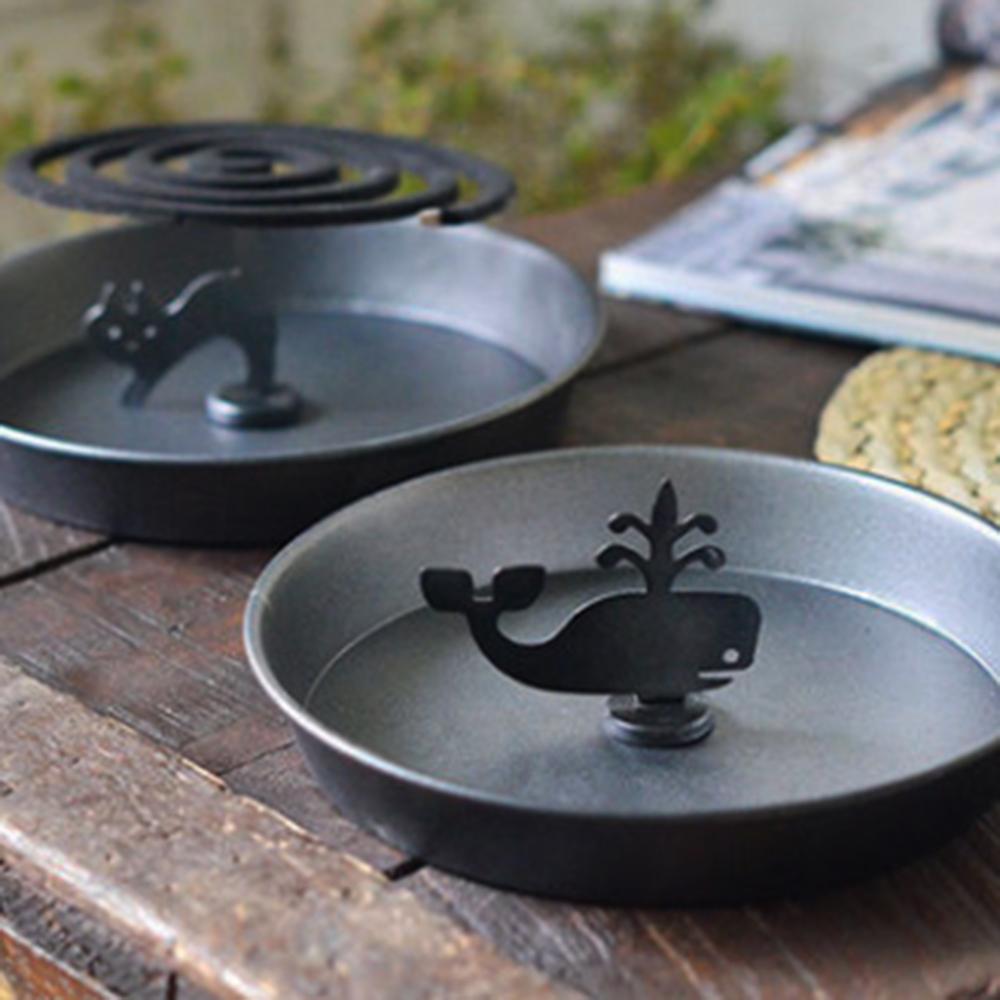 【Meric Garden】手工鐵製蚊香盤/薰香盤/小物收納盤(噴水鯨魚)
