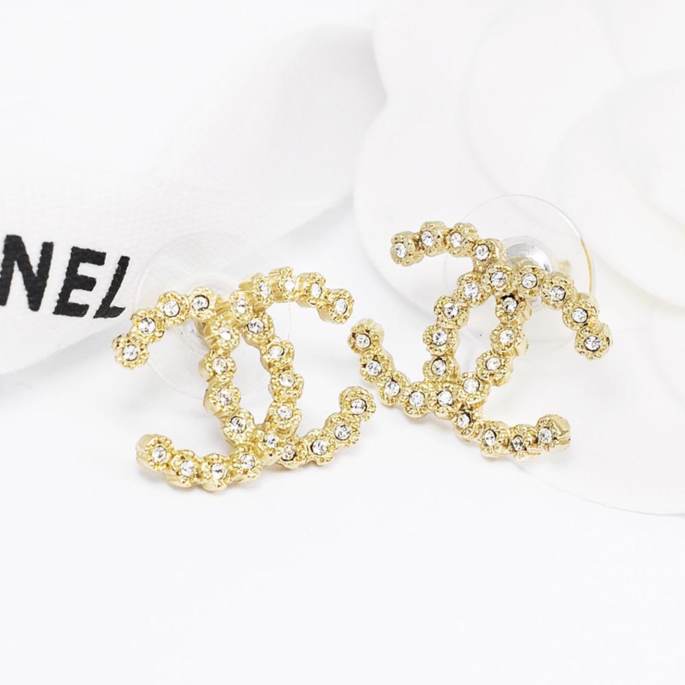 CHANEL香奈兒 經典金色雙C圓鑽排列耳環(大)