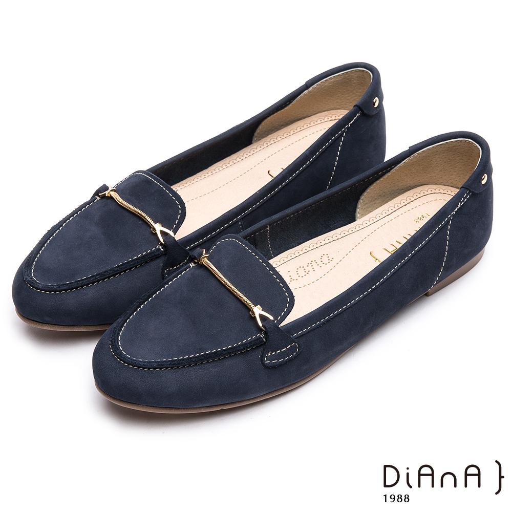 DIANA光澤金屬釦真皮尖頭平底鞋-漫步雲端超厚切焦糖美人款-藍