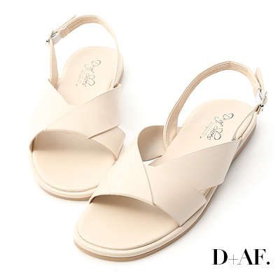 D+AF 簡單俐落.寬版摺疊方頭平底涼鞋*米