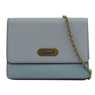BOTTEGA VENETA 羊皮釦式開口多功能斜背鍊包(淺藍色)