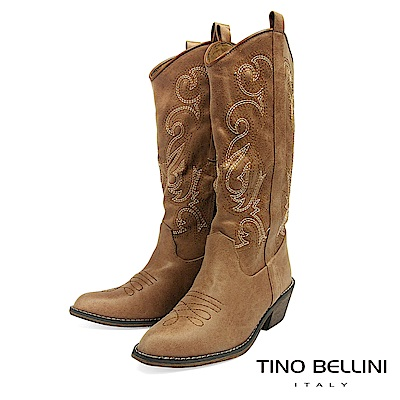 Tino Bellini 仿舊牛仔風電繡圖騰中筒靴 _ 咖