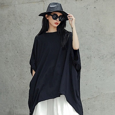設計所在Style-暗黑風寬鬆綁帶中長版斗篷T恤