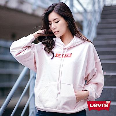 Levis 女款 重磅帽T Box Logo 寬鬆落肩設計 復古粉