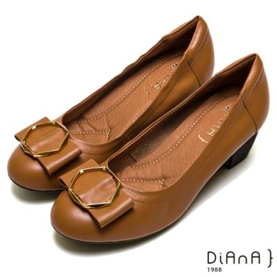 DIANA 真皮六角幾何楔型娃娃鞋-都會女伶-棕