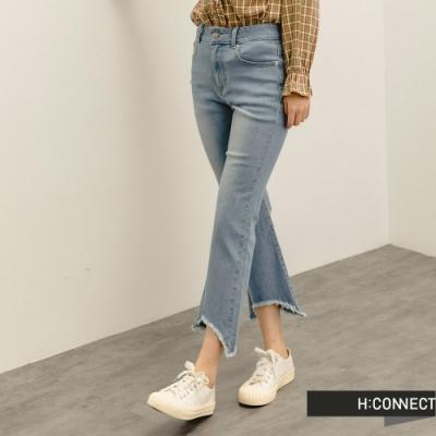 H:CONNECT 韓國品牌 女裝 -下擺不規則抽鬚Skinny牛仔褲-淺藍