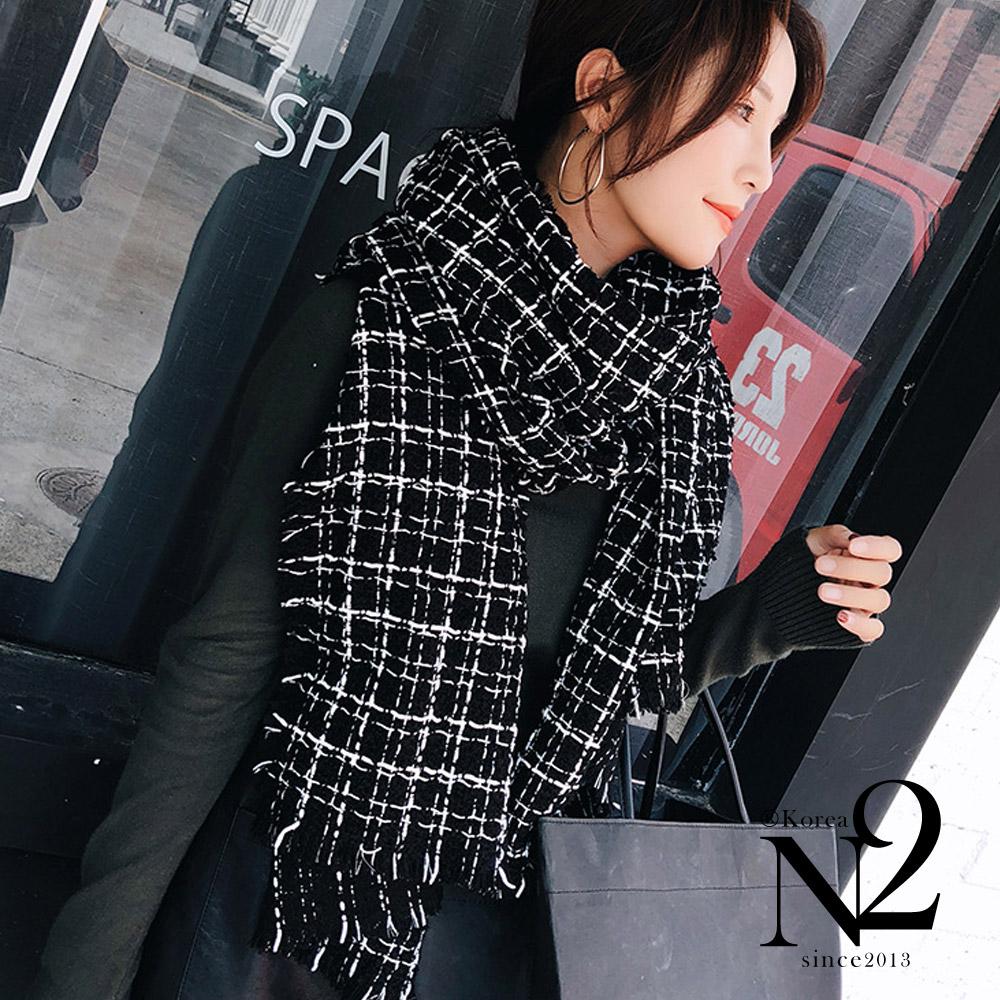 圍巾 經典格紋小香風毛呢感披肩圍巾(黑色) N2