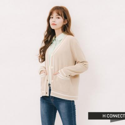 H:CONNECT 韓國品牌 女裝-滾邊造型排扣針織外套-卡其