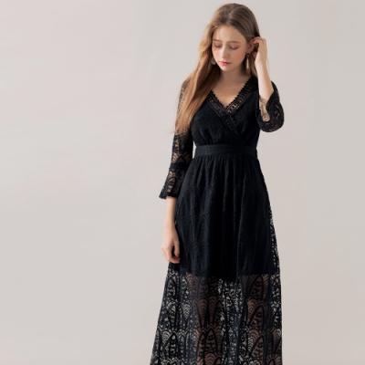 AIR SPACE 浪漫蕾絲V領七分袖洋裝(黑)