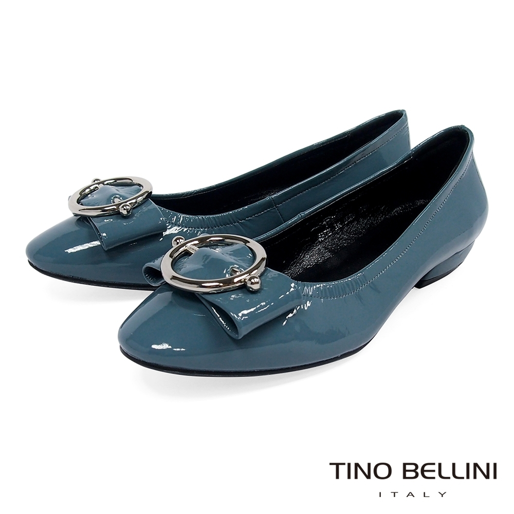 Tino Bellini亮澤牛漆皮金屬釦低跟娃娃鞋_莫蘭迪藍