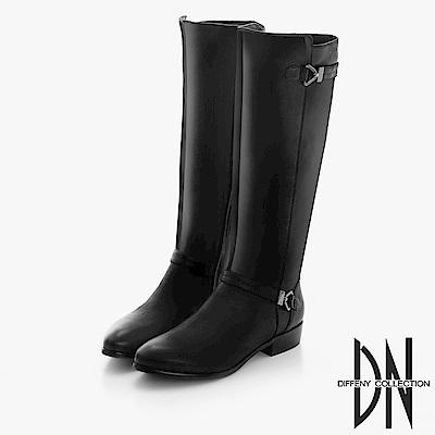 DN 完美線條 質感仿舊雙金屬飾扣中長靴-黑