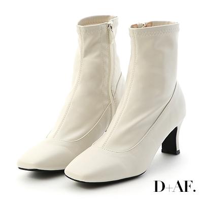 D+AF 時尚話題.素面絨料合腿高跟襪靴*米白